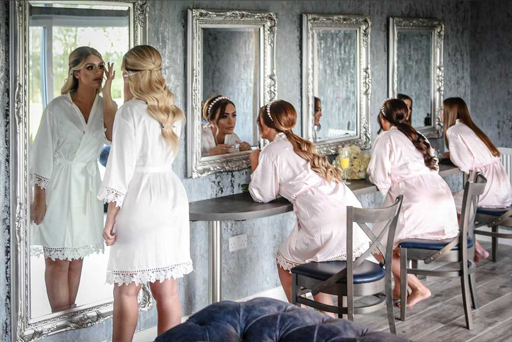 Bride & Bridesmaids getting ready in Cristal Suite